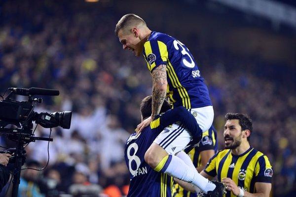 Fenerbahçe Medipol Başakşehir maçından kareler