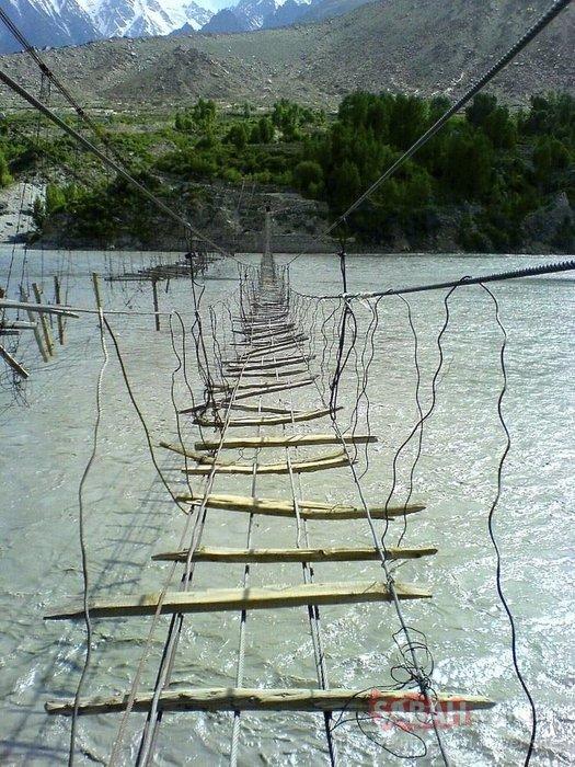 Bu köprüleri görenler çok şaşırıyor!