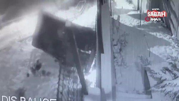 İstanbul'da dehşet anları! Kayan araç kontrolden çıkıp böyle takla attı | Video