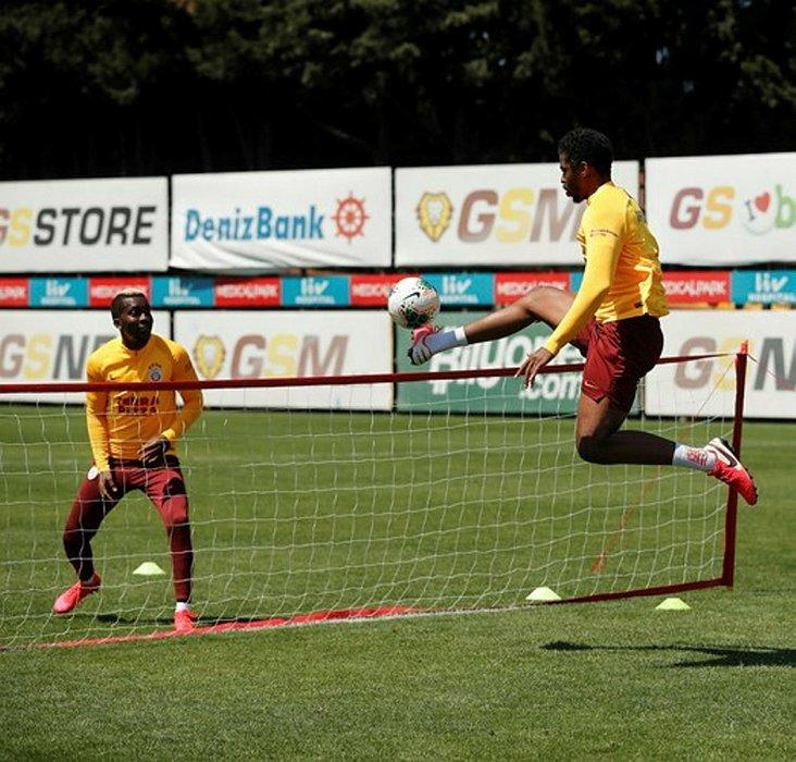 Galatasaray'a dünya yıldızı forvet!
