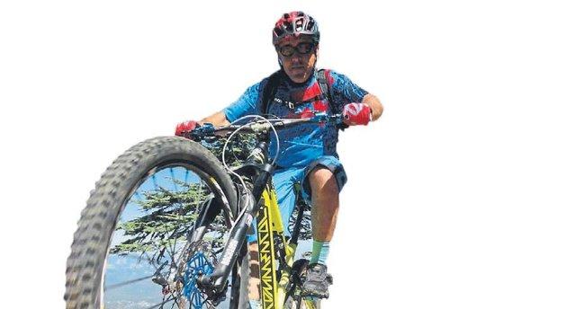 Dağ Bisikleti Rallisi Kemer'de