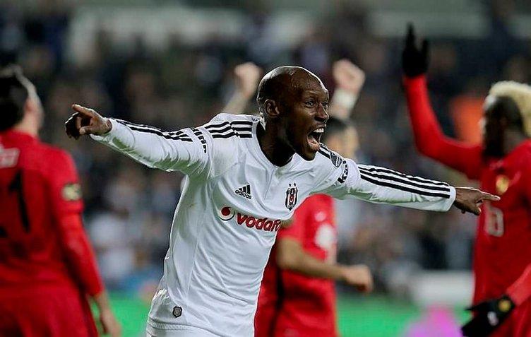 3 yıl daha Beşiktaş'ta
