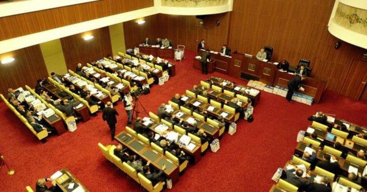Suda büyük indirim Belediye Meclisi'nden geçti