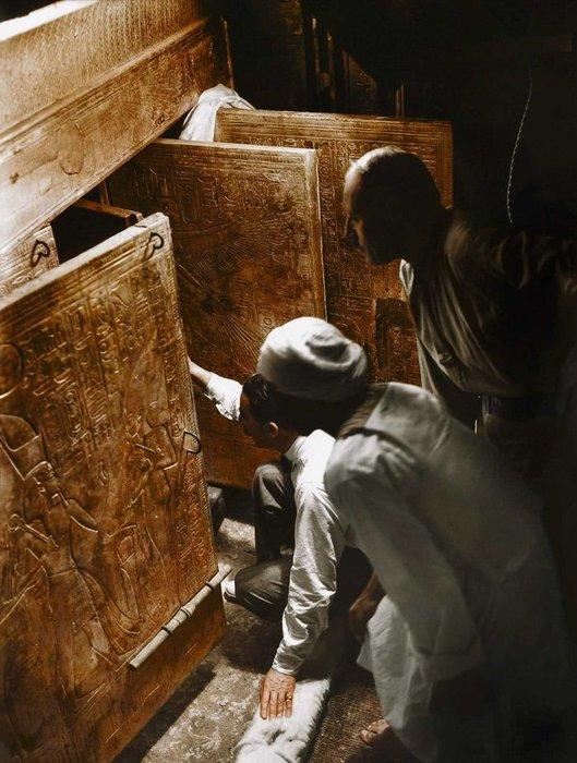 Tutankamon'un sırlarla dolu mezar odası