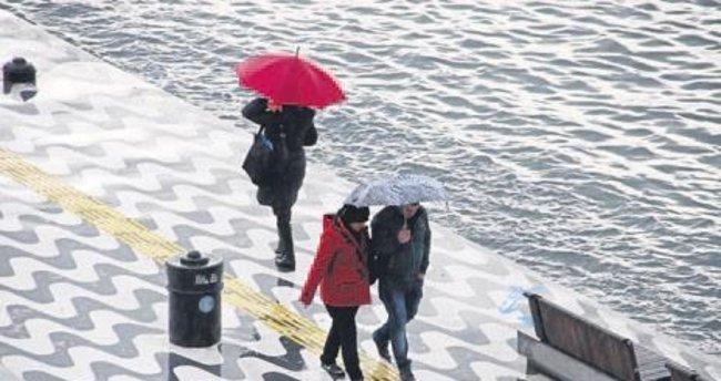 İzmir'e yağmur ve fırtına uyarısı