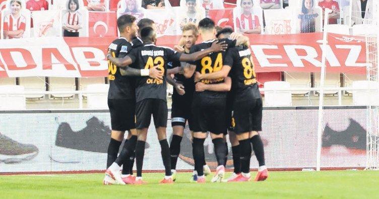 Kayserispor'dan Sivasspor'a çelme