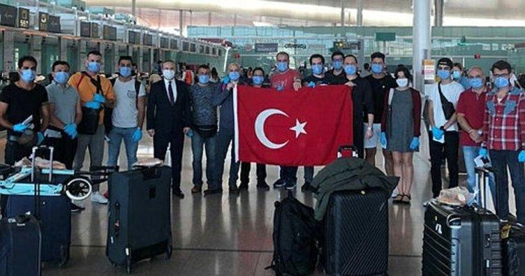 15 Türk denizci 65 günlük karantinanın ardından yurda dönüyor