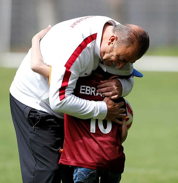 Suriyeli sığınmacı çocuklar, Galatasaray antrenmanında