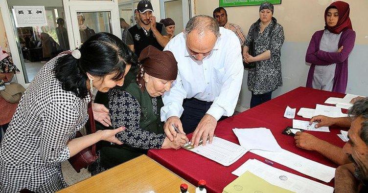 Erzincana Gelen Ahıska Türkleri ilk kez Türkiyede oy kullandılar