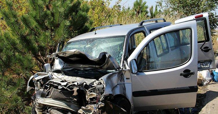 Şuhut'ta trafik kazası, 2 yaralı