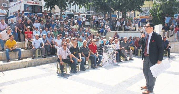 CHP'li başkana protesto