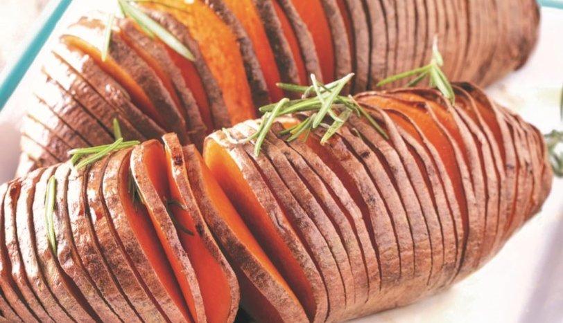 Fırında Tatlı Patates hasselback