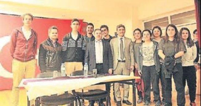 Hakim Çolak'tan gençlere tavsiyeler