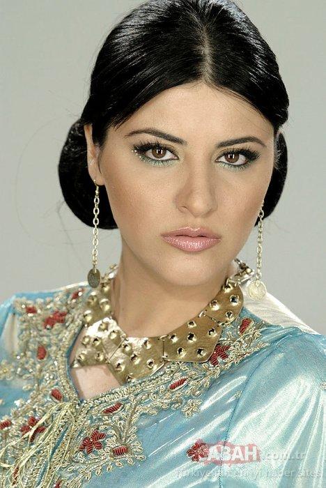 Ünlü şarkıcı Rafet El Roman'ın şaşırtan görüntüsü! Yüzüne dolgu mu yaptırdı?