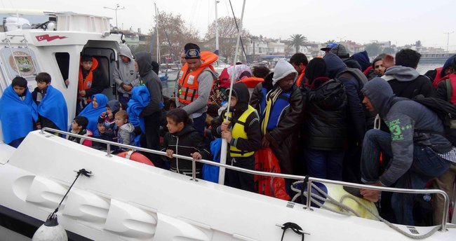 Ayvacık'ta 64 kaçak yakalandı