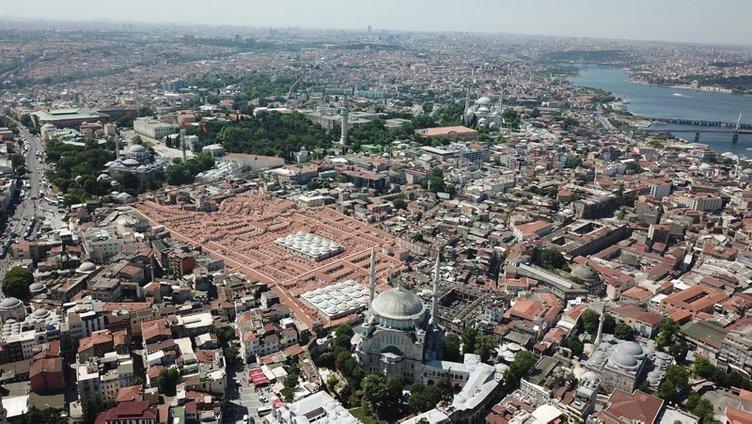 Tarihi Kapalıçarşı'nın çatı ve alt yapı restorasyonu tamamlandı