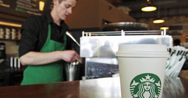 Kahve devinden flaş karar! 10 bin sığınmacıyı...