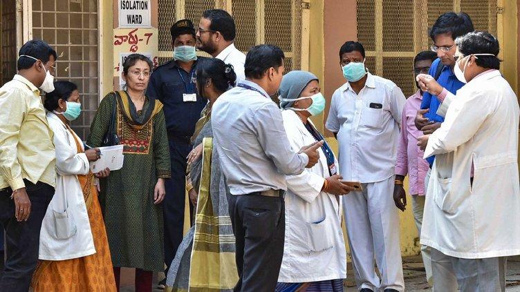Hindistan alarm veriyor: Büyük Covid-19 dalgası durdurulamıyor! Sokaklar yangın yerine döndü