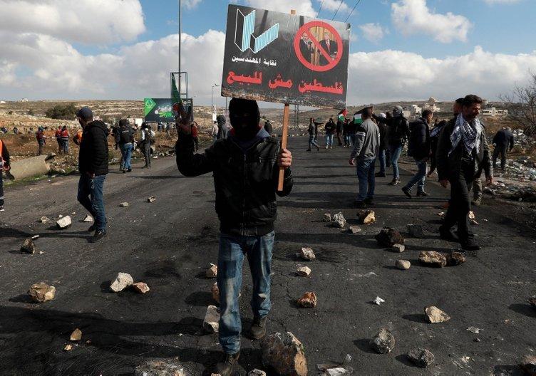 Batı Şeria'da Trump'ın sözde barış planına yönelik protestolar sürüyor: 3 yaralı