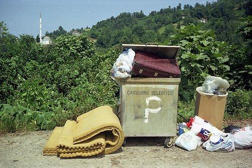 Cennetteki Çöplük filminden kareler