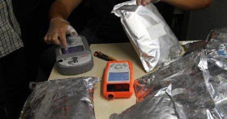 Havaalanında 22 kg bonzai tozu yakalandı