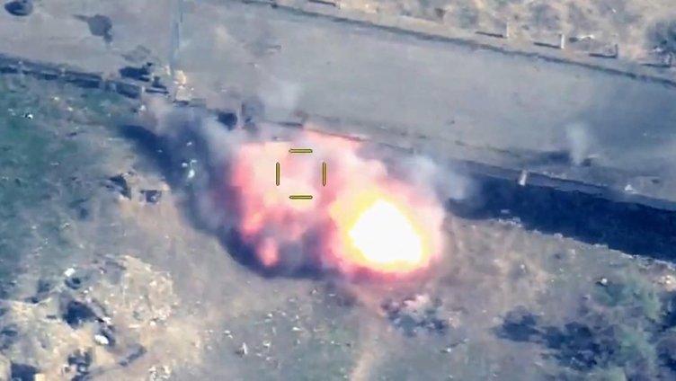 SON DAKİKA görüntüleri yayınlandı! Azerbaycan, Ermenistan'dan intikamını SİHA bombardımanı ile aldı...