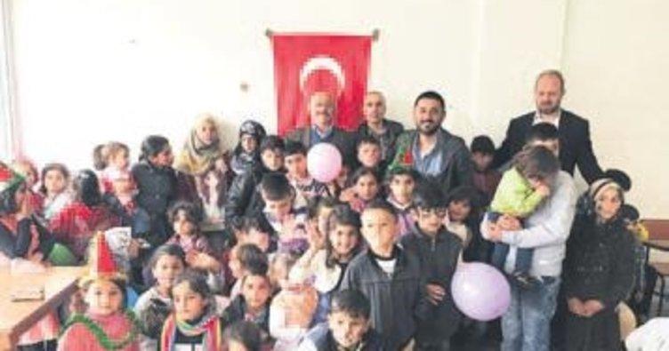 Mülteci çocuklara 'bahar' şenliği
