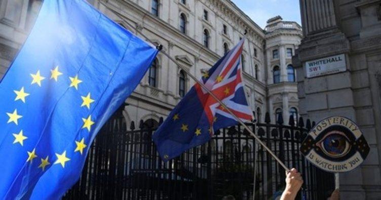 The Times: Brexit anlaşması Salı günü yayınlanacak