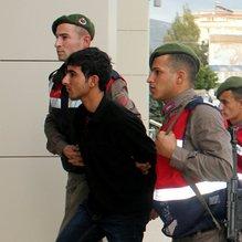 Terör şüphelisi Emniyet binasından atlayıp intihar etti