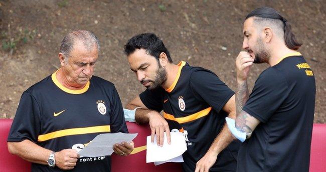 Fatih Terim Galatasaray'Dan Ayrılacak Isimlerin Listesini Açıkladı.| Spor Haberleri