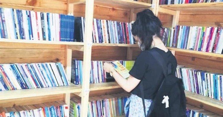 Kırıkkale'de parkta kütüphane
