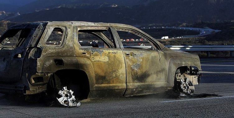 Otoyolda onlarca araç yandı