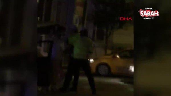 Kadıköy'de alkollü kadın sürücü yüzünü tırmaladığı polise bardak fırlattı! İşte o anlar | Video