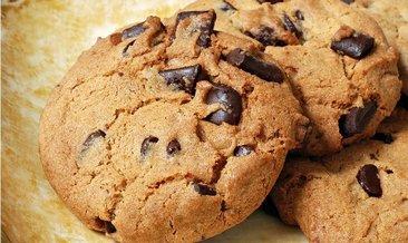 Ağızda dağılan damla çikolatalı kurabiye tarifi: Evdeki malzemelerle damla çikolata kurabiye nasıl yapılır?