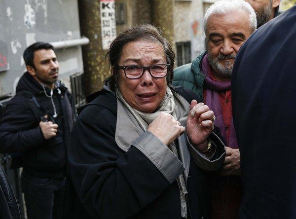 Son dakika: Münir Özkul'un cenazesi çıkarıldı