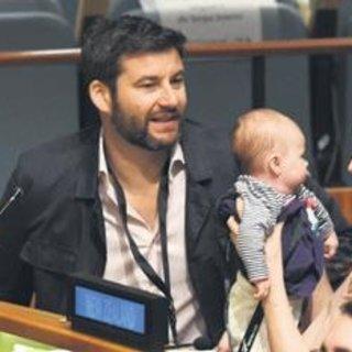 Başbakan bebeğiyle BM zirvesine katıldı