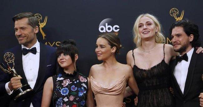 68. Emmy Ödülleri sahiplerini buldu