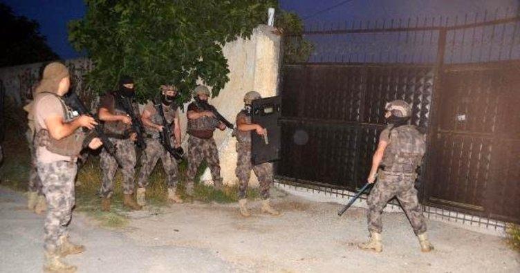 Adana'da terör operasyonu! 3 kişiye gözaltı