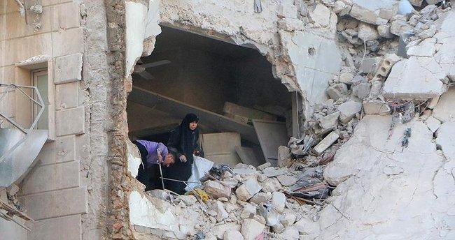 Halep'e hava saldırısı: 30 ölü, 70 yaralı