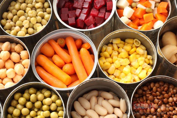 Günlük hayatta tükettiğimiz bazı besinlerin kansere sebep olduğu ortaya çıktı! İşte kansere neden olan besinler...
