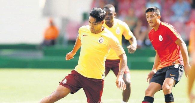 Radamel Falcao Fenerbahçe derbisine hazırlanıyor