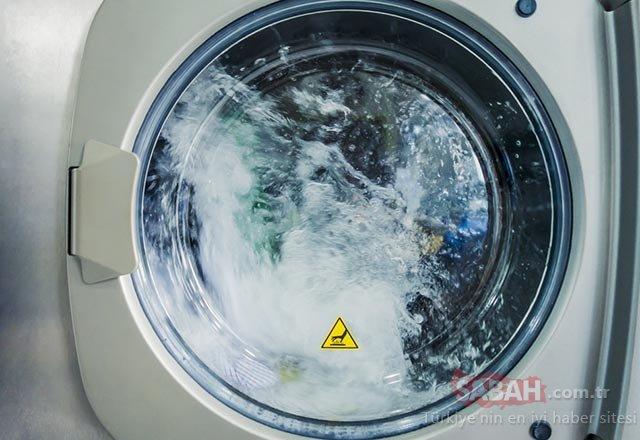 İnanılmaz yöntem! Çamaşır makinenize sirke koyarsanız...