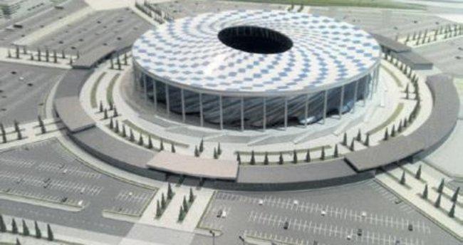 Rusya, 2018 için iki stadı yetiştiremedi