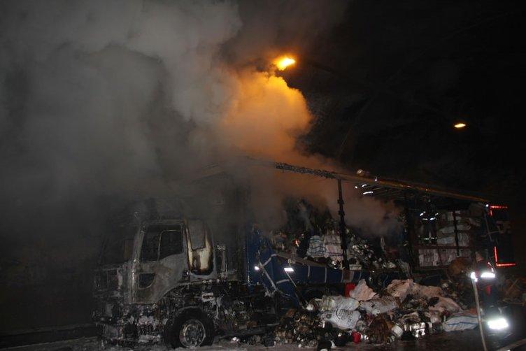 Bolu'da TIR alev alev yandı