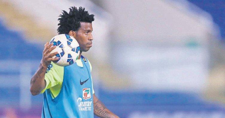 Trabzonspor'a kule defans