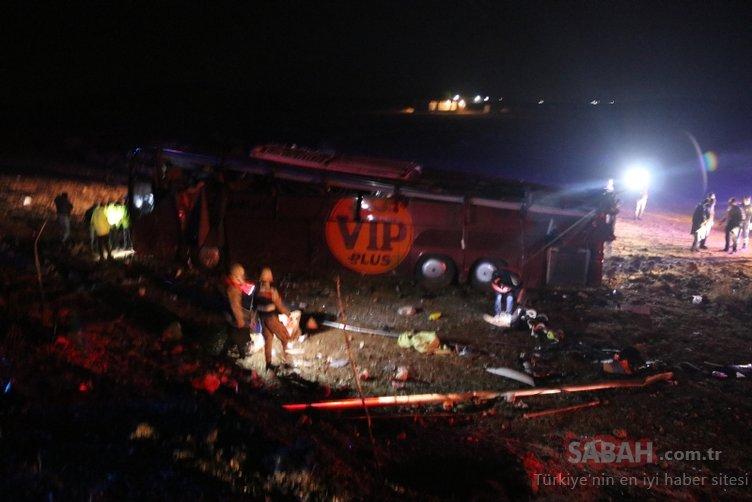 Son dakika haberi: Şanlıurfa'da yolcu otobüsü devrildi! Çok sayıda yaralı var...