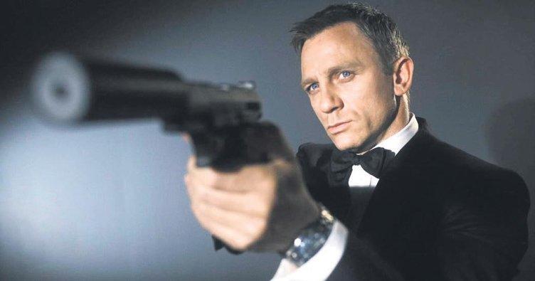 Bond olmaya ikna edildi