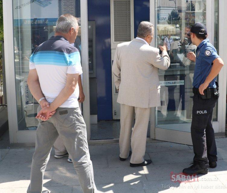 Sivas'ta bir ATM'de şaşırtan olay! Görür gözmez polisi aradı