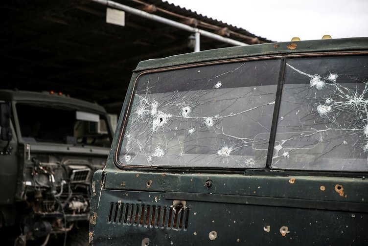 Son dakika haberi   Ermeni ordusunda büyük bozgun! Ermeni komutan öldü, askerler mevziden kaçıyor! Dağlık Karabağ'da son durum...