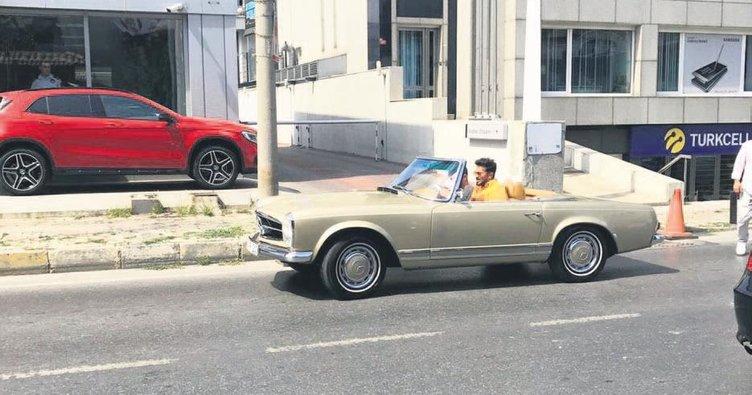 Antika araba modasına uydu